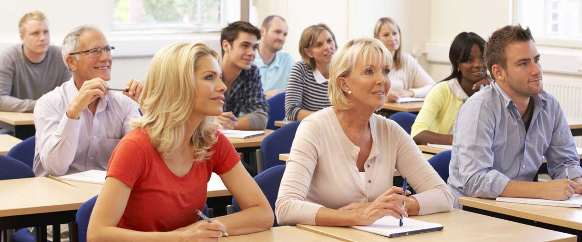 mixed-group-of-students-in-class-000020364454_medium